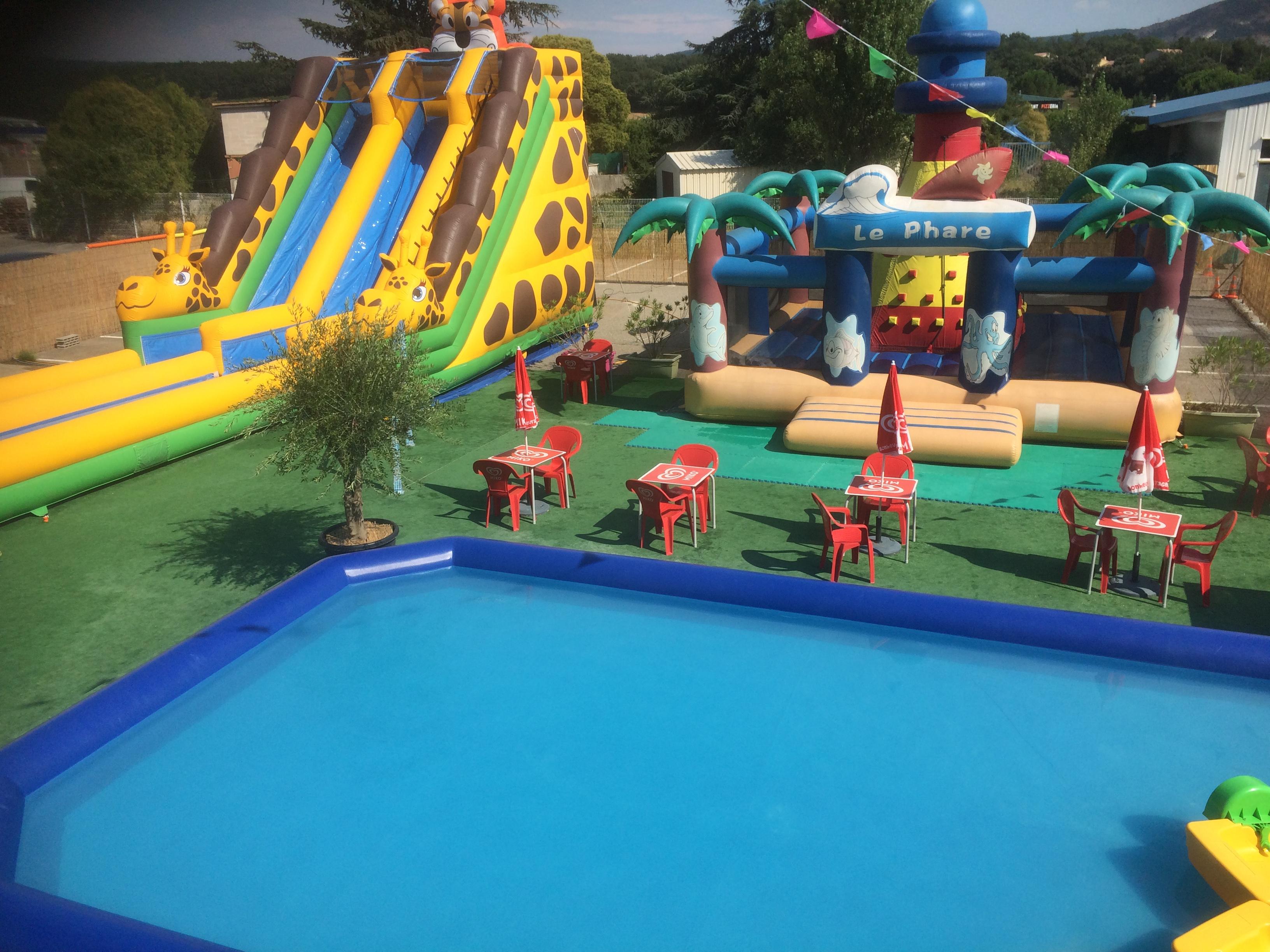 800 m² de parc aquatique extérieur